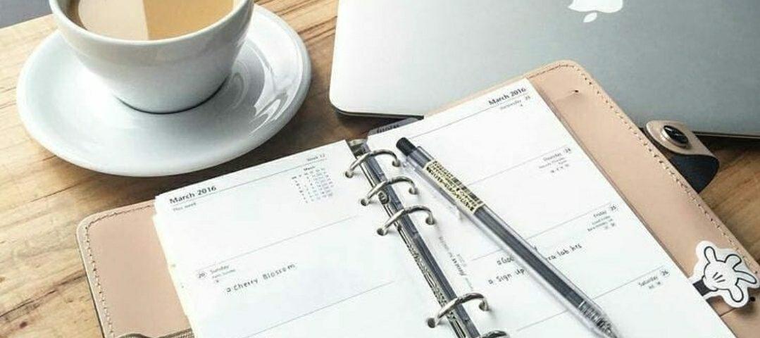 Юрист для бизнеса: брать в штат или работать на контракте?